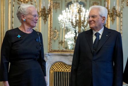 LA REINA MARGARITA RECIBE AL PRESIDENTE DE ITALIA EN COPENHAGUE