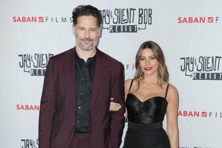 SOFIA VERGARA Y SU MARIDO EN EL ESTRENO DE LA PELICULA ''JAY & SILENT BOB REBOOT ''