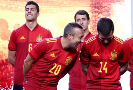 LA SELECCION ESPAÑOLA PRESENTA SU NUEVA EQUIPACION PARA LA EURO 2020