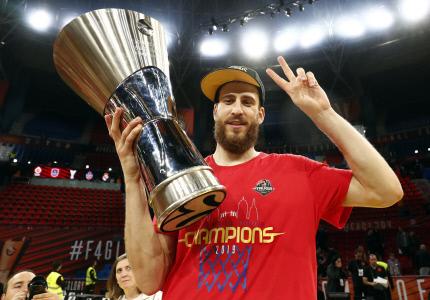 SERGIO RODRIGUEZ GANA LA EUROLIGA CON EL CSKA