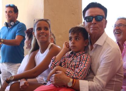 ORTEGA CANO Y GLORIA CAMILA ASISTEN A LA PRESENTACION DEL CARTEL DE LA X SEMANA CULTURAL DE ROCÍO JURADO EN CHIPIONA