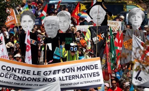 MANIFESTACION EN HENDAYA ANTE LA CUMBRE DEL G7 EN BIARRITZ