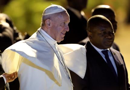 EL PAPA FRANCISCO LLEGA A MOZAMBIQUE