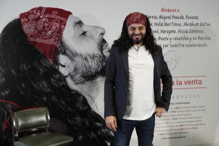 FRANCISCO JAVIER LABANDON ''EL ARREBATO'' PRESENTA NUEVO ALBUM '' ABRAZOS ''