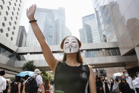 CONTINUAN LAS MANIFESTACIONES Y ALTERCADOS EN HONG KONG
