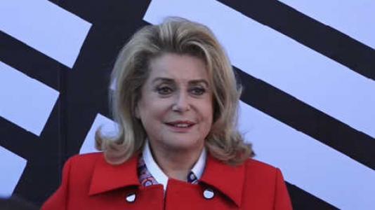 NOTICIAS: LA ACTRIZ CATHERINE DENEUVE EN ESTADO GRAVE POR UN ICTUS